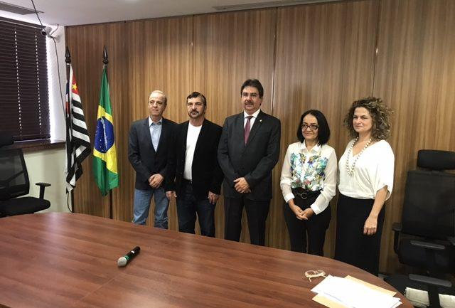 Hospital da Associação Ilumina recebe cheque de R$ 27,8 milhões em cerimônia no TRT de Campinas