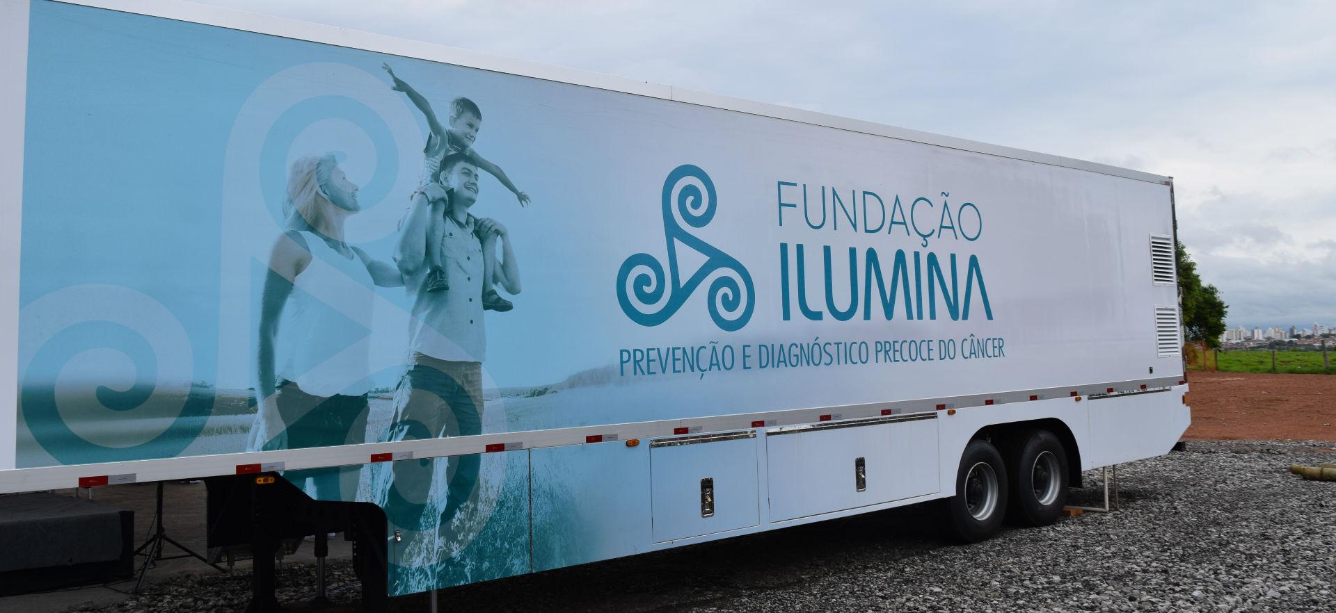 Fundação inaugura Carreta Ilumina!